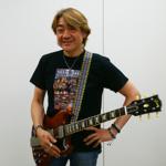 野村義男がジャニーズから独立して成功したのはギターの腕前のおかげ?