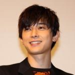 吉沢亮は身長が低い?サバ読みしてる?画像で検証!体重はどれくらい?